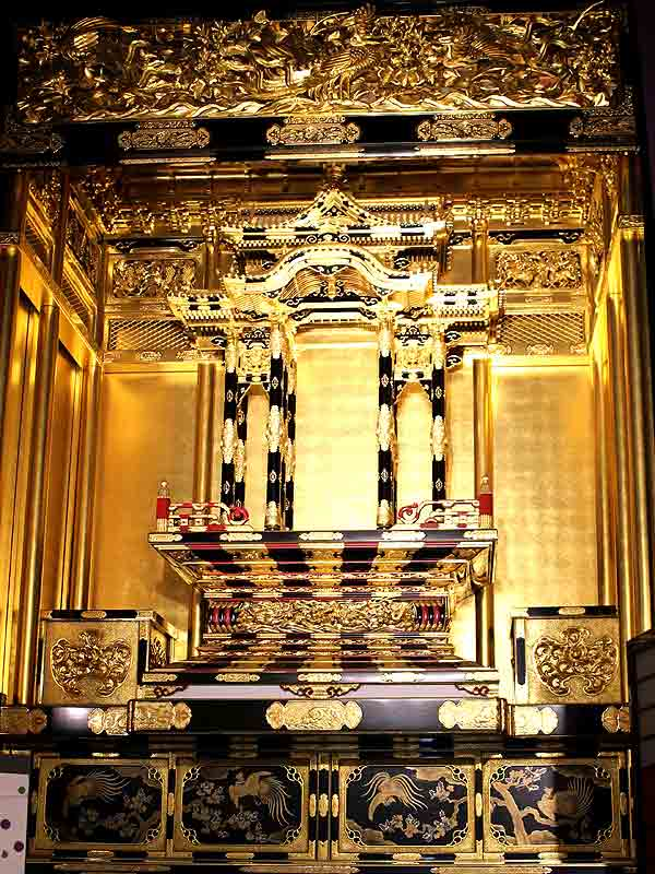 写真:八女福島仏壇