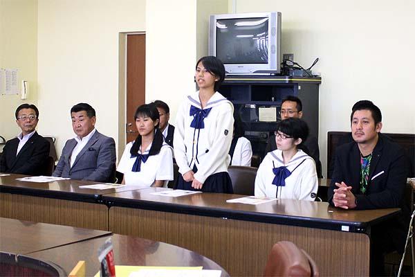 糸島メンマ-タケマン吉野社長と博多女子高校商品開発