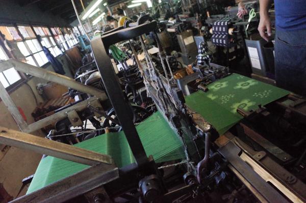 久留米絣の坂田織物の工房